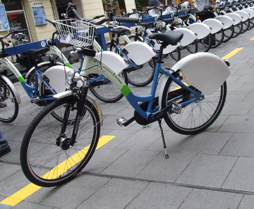 Comencen les obres del carril bici del carrer Biniamar