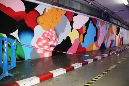 L'artista Grip Face realitza un mural a l'aparcament de Marquès de la Sènia