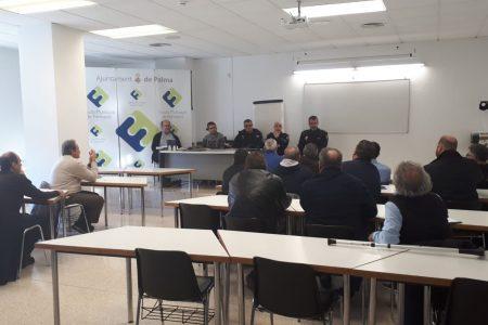 L'Ajuntament implementa mesures per a incrementar la seguretat dels taxistes