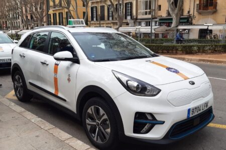 Avui s'obre el termini perquè els taxistes demanin ajuts per incorporar vehicles accessibles i mesures de seguretat